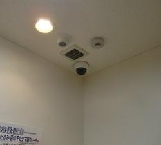 東京都葛飾区の美容クリニックに防犯カメラ設置