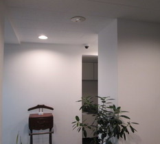 横浜市中区の税理士事務所に防犯カメラ設置