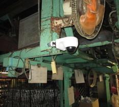 東京都葛飾区の鍍金工場に防犯カメラ設置