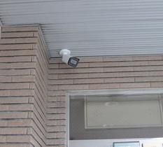 茨城県水戸市のテナントビルに防犯カメラ設置